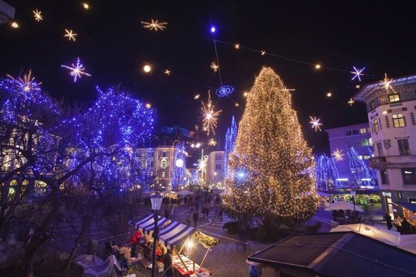 2011-12-07T202910Z_01_LJU09_RTRIDSP_3_SLOVENIA